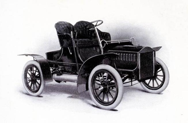 1905CadillacELightRunabout