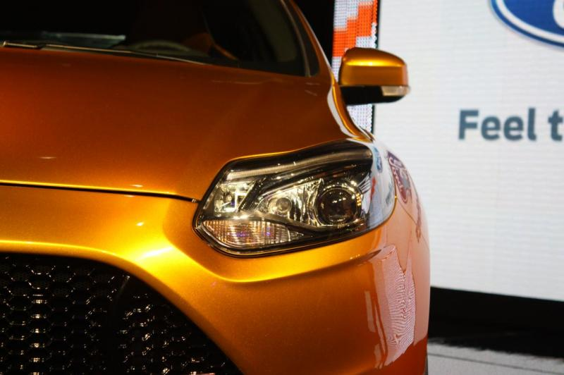 016-2012-ford-focus-st-debut