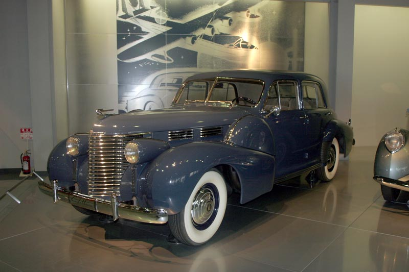 CadillacSeries60Special_1938b