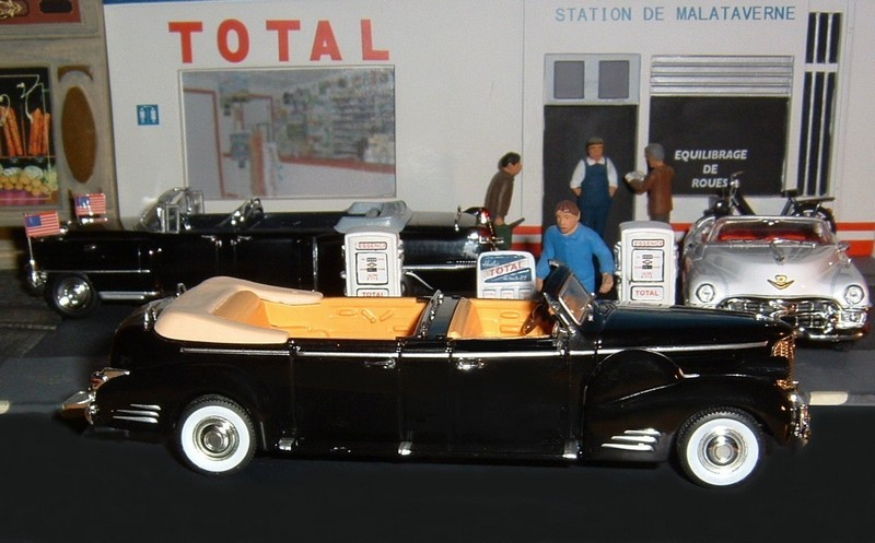 N12CadillacLimousineV16serie90QueenMary1948c
