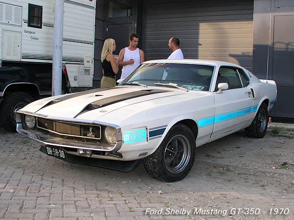 1970_Ford_Shelby_Mustang_GT-350_fastback_f3q