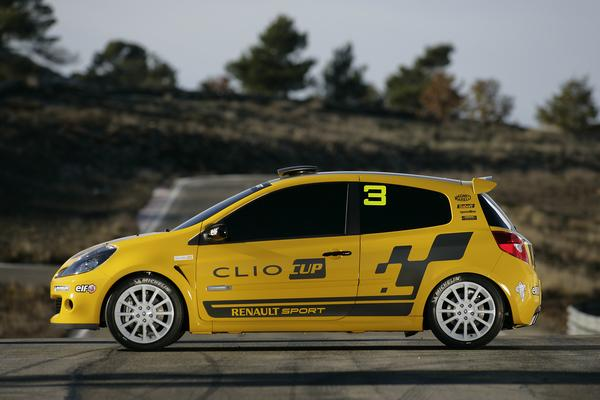 clio_cup20​06_2