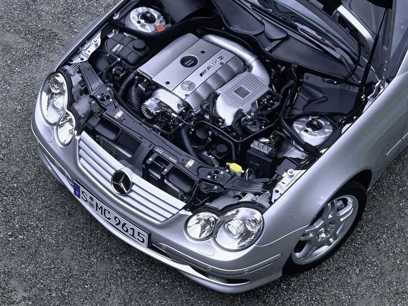 c_30_cdi_amg_sports_coupe_04