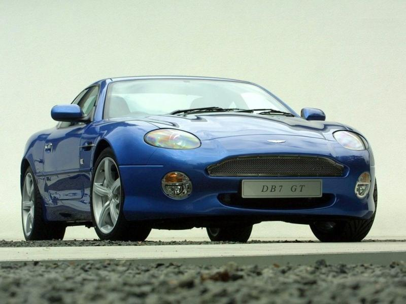 aston-mart​in-db7-gt-​2003
