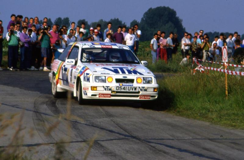 1990%20FOR​D%20SIERRA​%20MCRAE%2​0YPRES%202