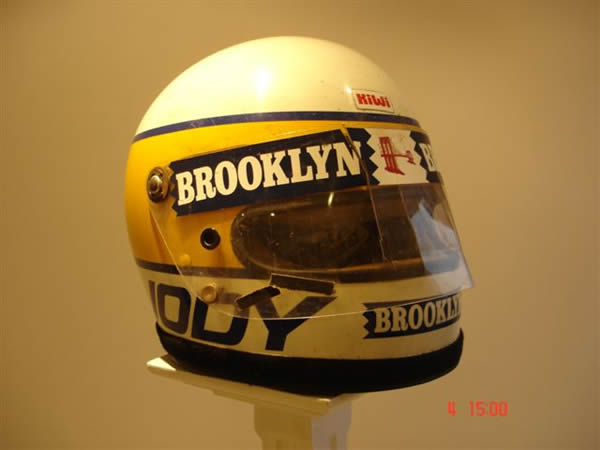 casques pilotes de f1 page 105 formule 1 forum sport auto. Black Bedroom Furniture Sets. Home Design Ideas