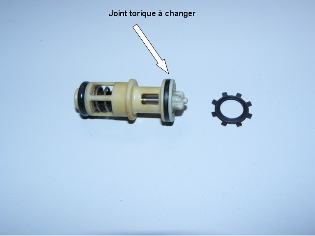 KIT JOINT REPARATION DE PANNE SUPPORT FILTRE A GAZOIL 106 1,5 D TUD5 CLIPS