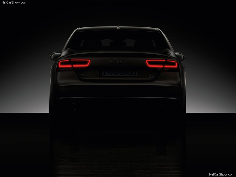 Audi-A8_20​11%20arrie​re%202