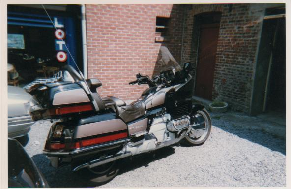 GOLDWING15​00
