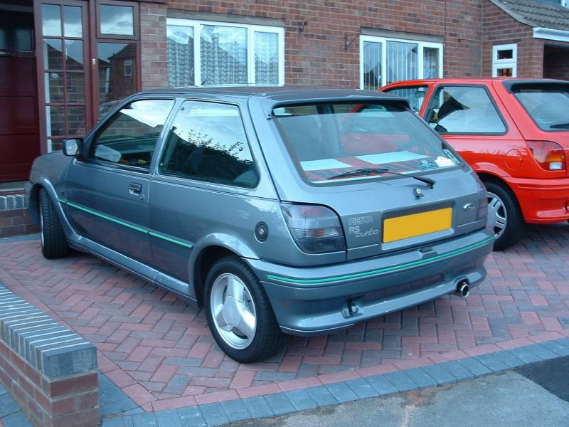 Ford_Fiesta_RS_Turbo_22