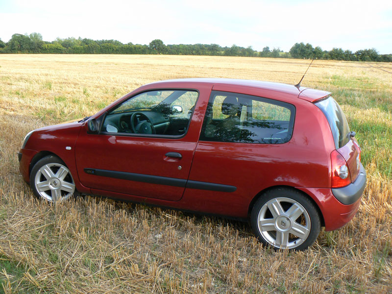 Clio Ii Phase 2 1 5 Dci Rouge Expression 3 Portes