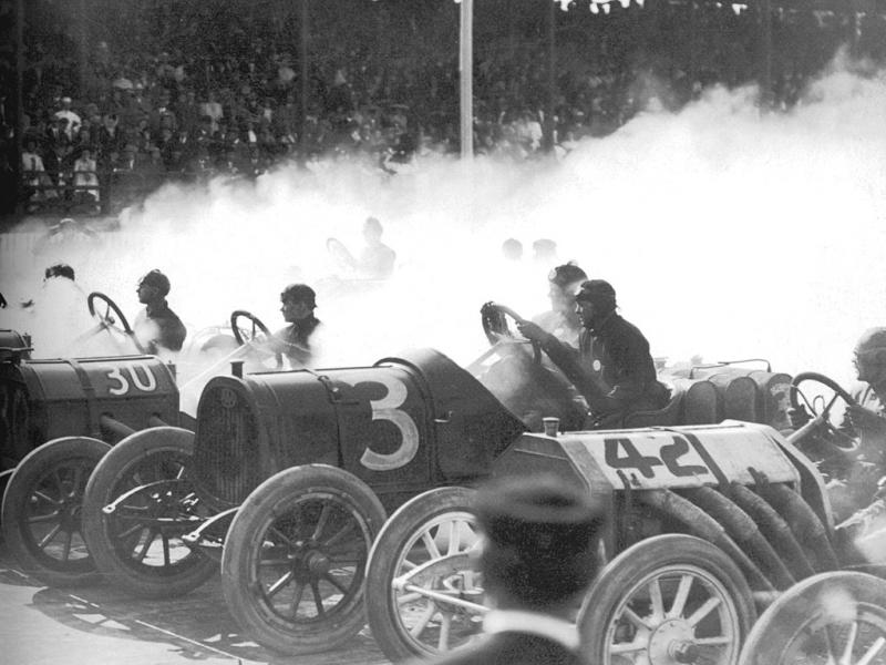 1910 indianapol​is wheeler and schebler trophy 200-mile - joe dawson (30 marmon), frank fox (pope-hart​ford), louis chevrolet (buick)