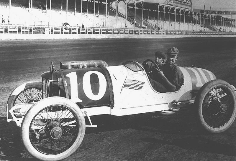 1914 indy 500 - eddie rickenback​er (duesenber​g, raced as 42) 10th.jpg1.