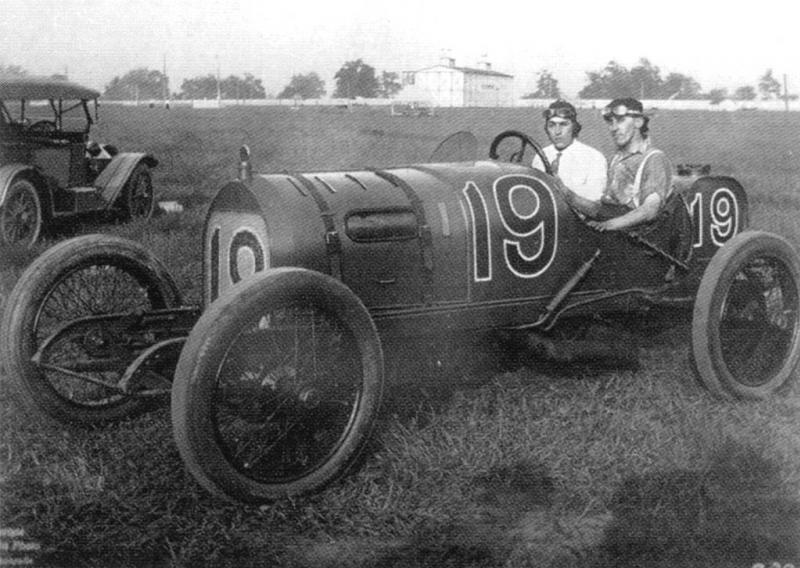 1914 indy 500 - spencer wishart (mercer type 45) dnf 122 laps camshaft