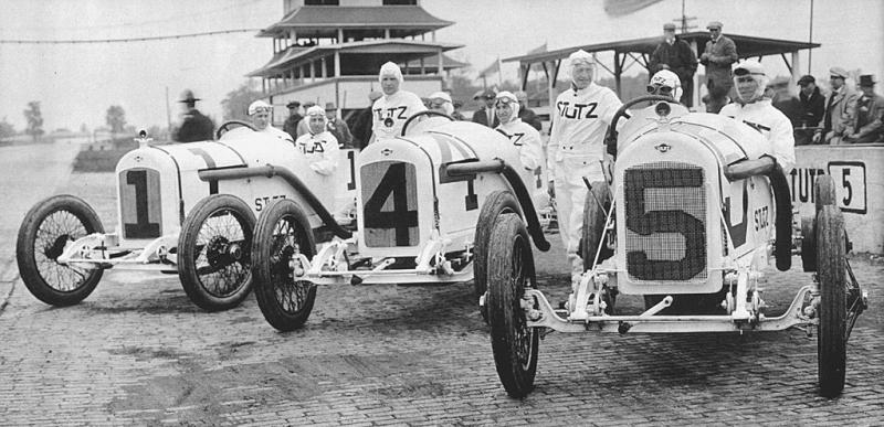 1915%20indy%20500%20stutz%20team%20-%20howdy%20wilcox%207th,%20earl%20cooper%204th,%20gil%20anderson%203rd