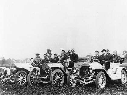 1919%20Packard%20335%20driven%20by%20Col.%20J.%20G.%20Vincent