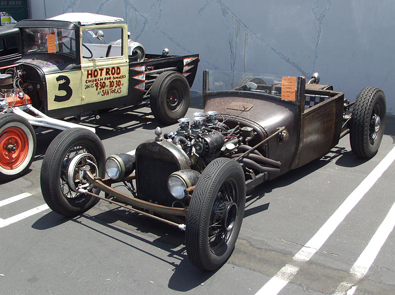 Barris-Rat​rod-remote​1