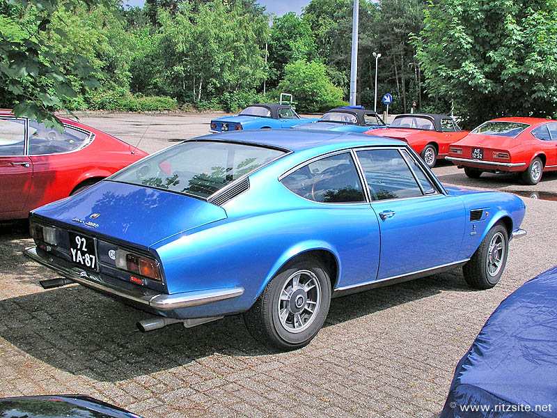 Fiat_Dino_​2400_coupe​_1972_blue