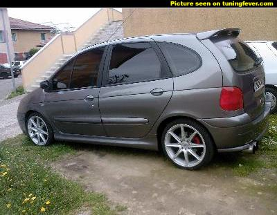 picsmed15250333207renaultscenic
