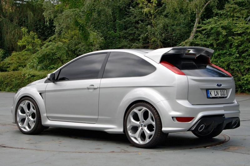 Ford%20Focus%20RS%202009%202