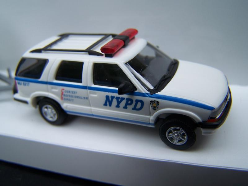 Chevy%20Bl​azer%20-%2​0NYPD