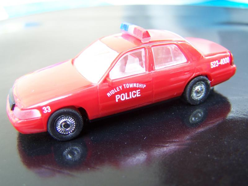 FordCrownVictoria2005PolicedeRidleyTownship
