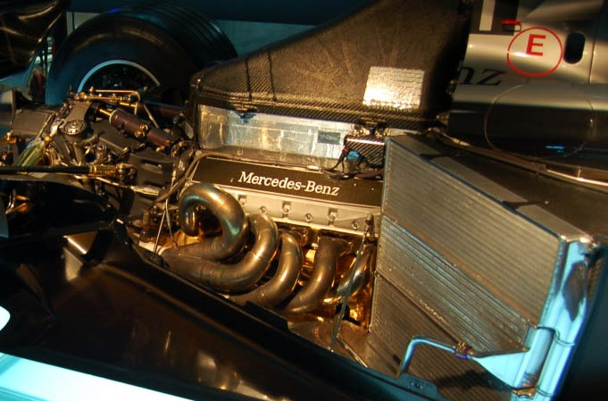 Mercedes-B​enz_FO110J​_engine