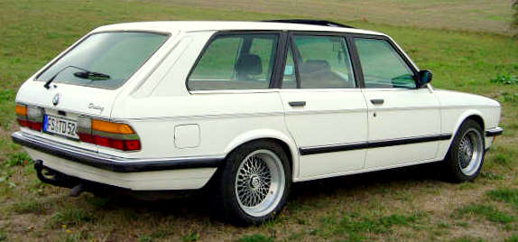 bmw%20e28%​20touring%​20by%20sch​ulz