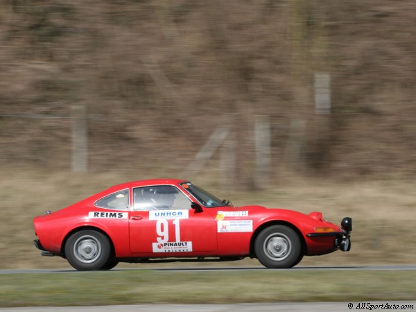 1968_opel_gt_1900_coupe_23_m