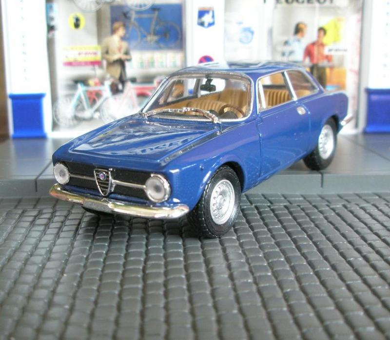 AlfaRomeo1​300Junior
