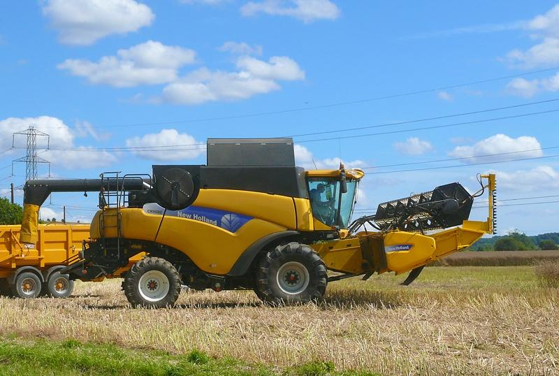 NewHolland​CR90801
