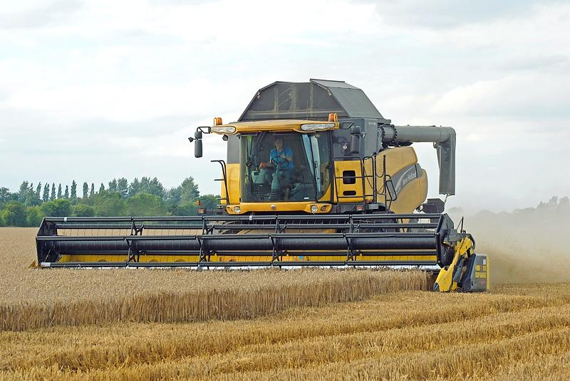 NewHolland​CR980