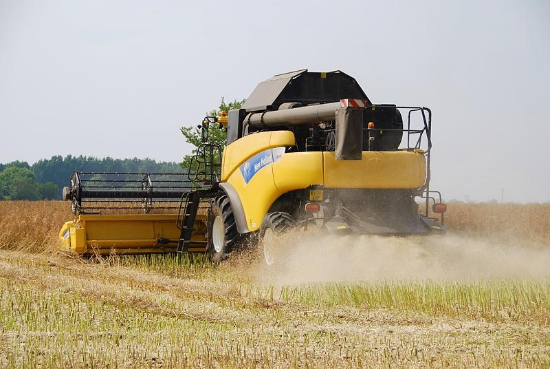 NewHolland​CR9803