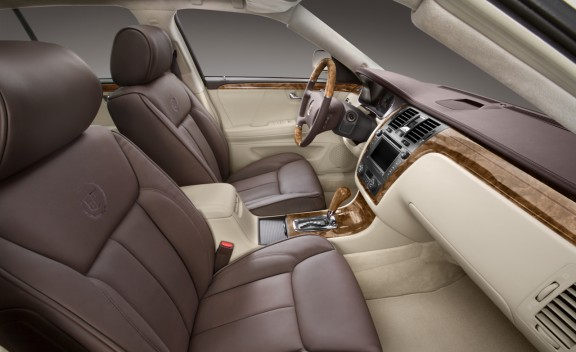 2010cadillacdts002cdgallery