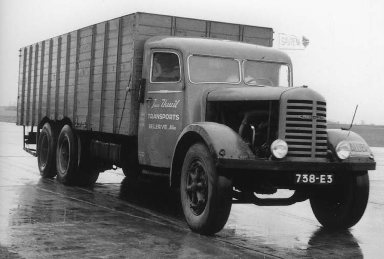 Camion Renault ty ZF6DC 130 cv 18 tonnes 1934