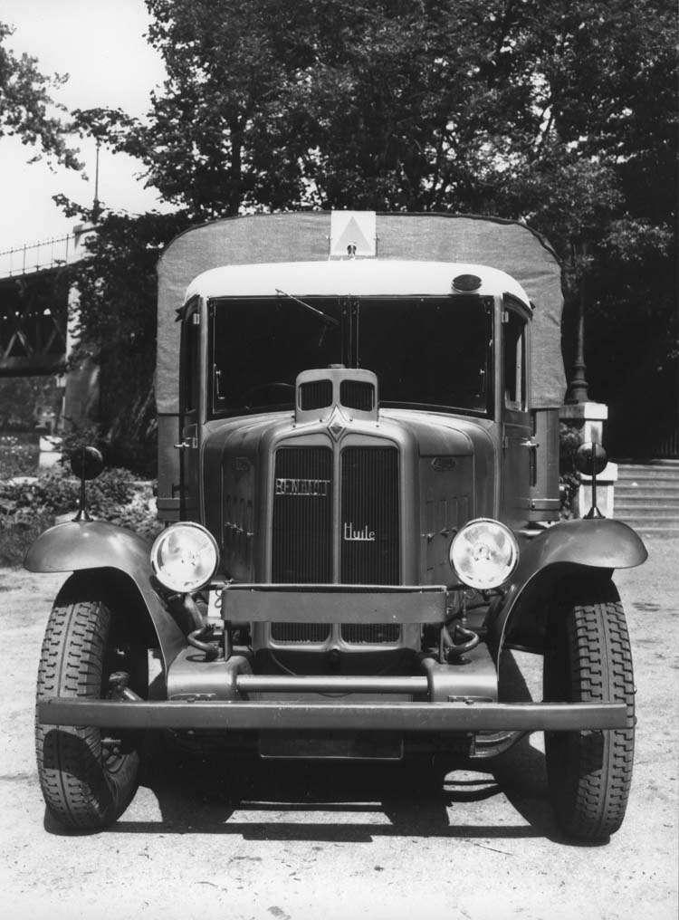 Camion militaire Renault type TF 70 cv 1934