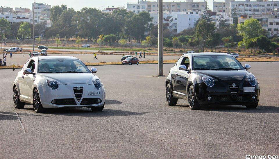 avec une qv blanche 2 alfa romeo mito quadrifoglio verde carfan photos club club. Black Bedroom Furniture Sets. Home Design Ideas