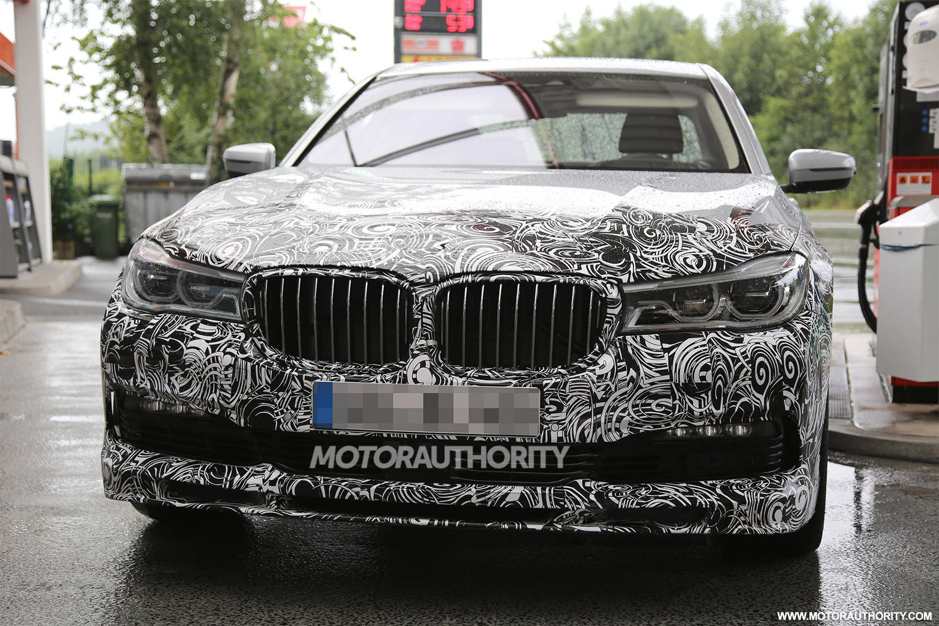 BMW-Alpina-B7-Spy-Shot-2