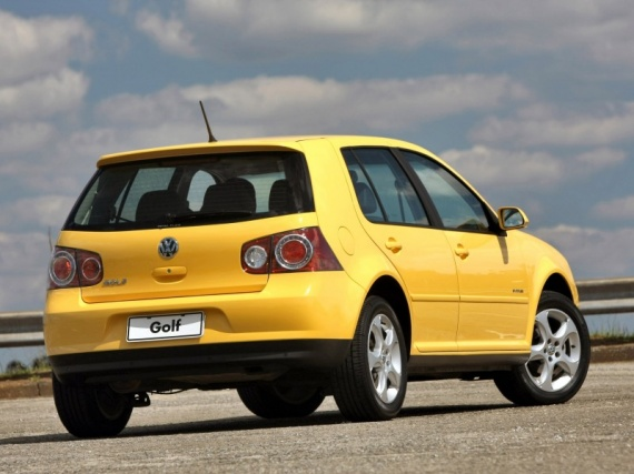Volkswagen-Golf-Sportline-Brasil-2007-Photo-03-800x600