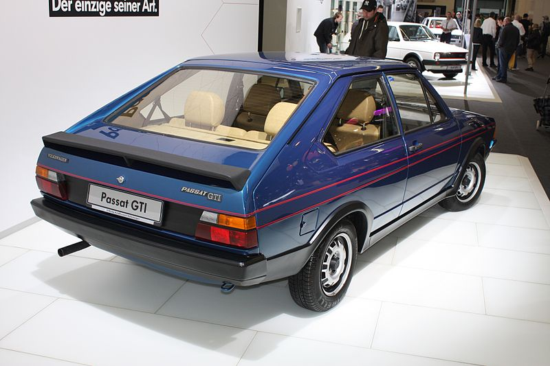 VW_Passat_GTI_prototype_Gen1_B1_1976_backright_2013-04-11_A