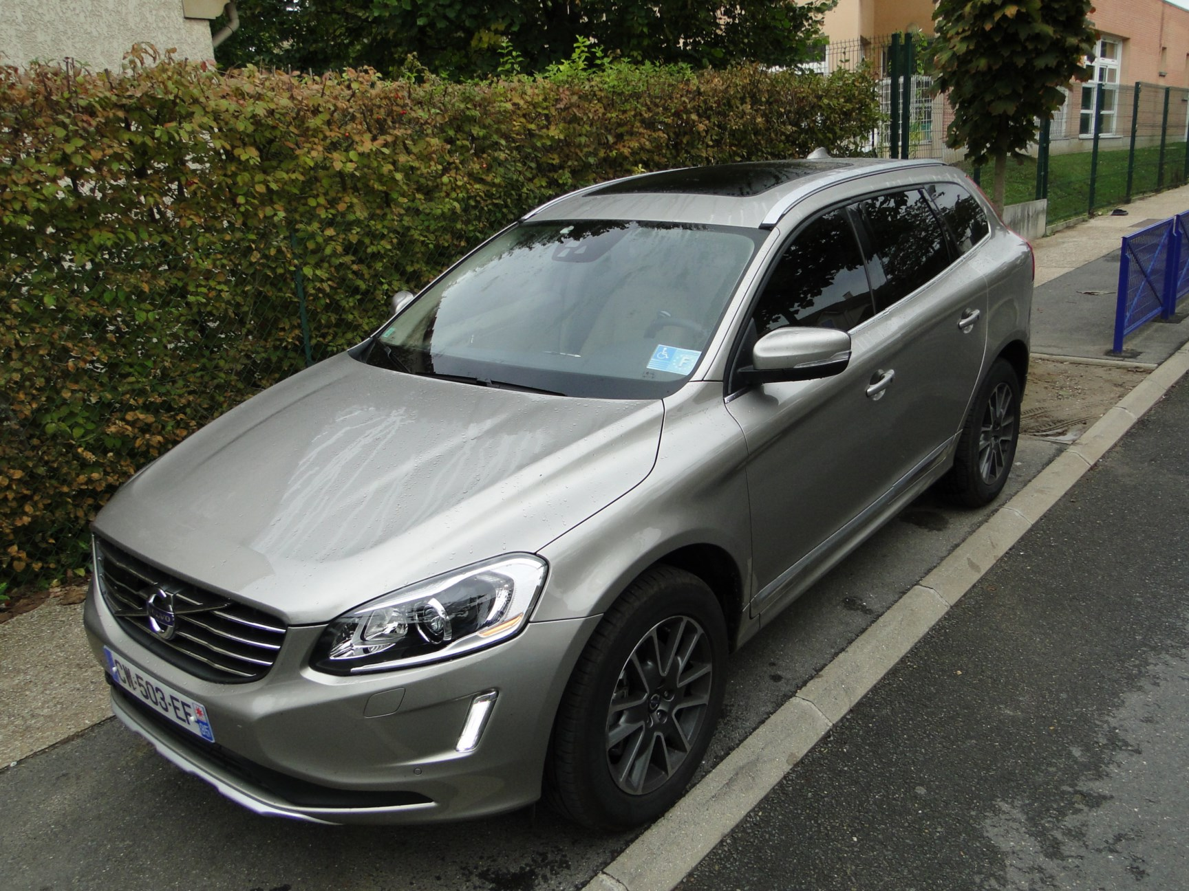du volvo xc60 le topic officiel page 538 xc60 volvo forum marques. Black Bedroom Furniture Sets. Home Design Ideas