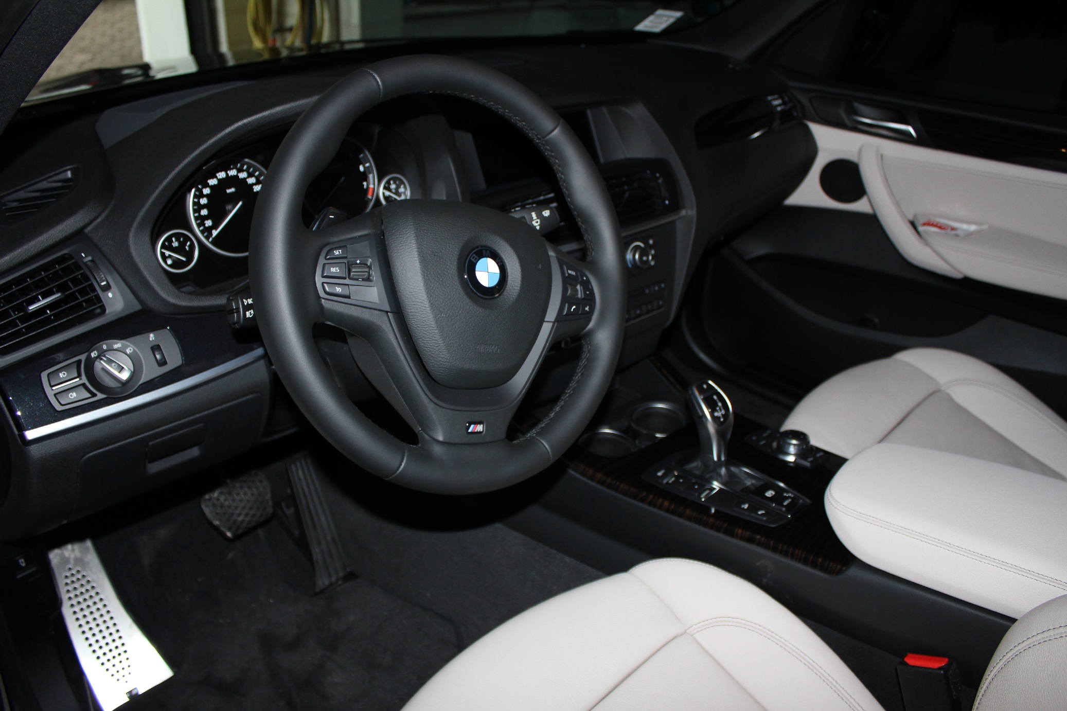 bmw x3 f25 topic officiel page 69 x3 bmw forum marques. Black Bedroom Furniture Sets. Home Design Ideas
