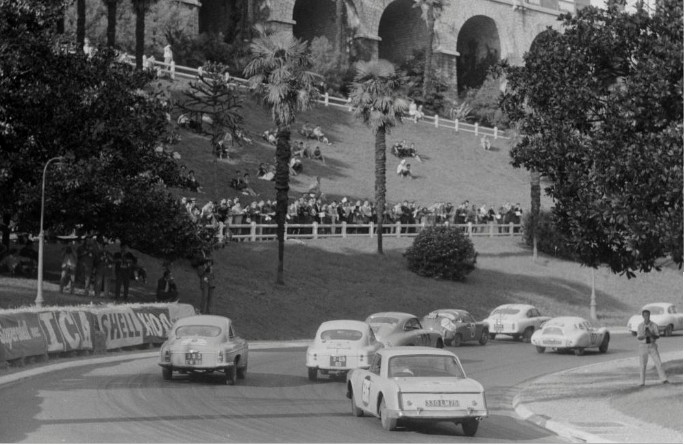 1961-09-16 Competitors in the Tour de France drive in the south of France- Car number 136 is Annie S