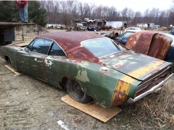 1969 charger rt se 440ci rusted 4 epaves accident es casses ray66 photos club. Black Bedroom Furniture Sets. Home Design Ideas