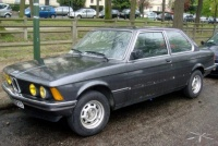 BMW_e21_323i_PdAuteuil_01