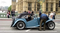 MG_T-series_Anne-Lor_Londres