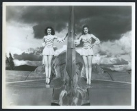 archive_avion_duo_pinups