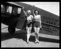 archive_avion_duo_pinups_02