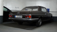 MB-W114-250CE_parking-du-Roule-Neuilly_01
