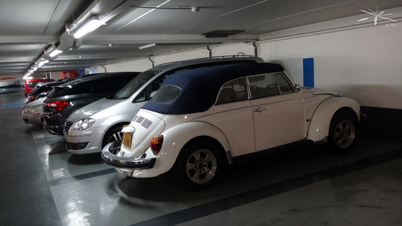 VW-Cox-cab-blanche_parking-eglise-Neuilly_01